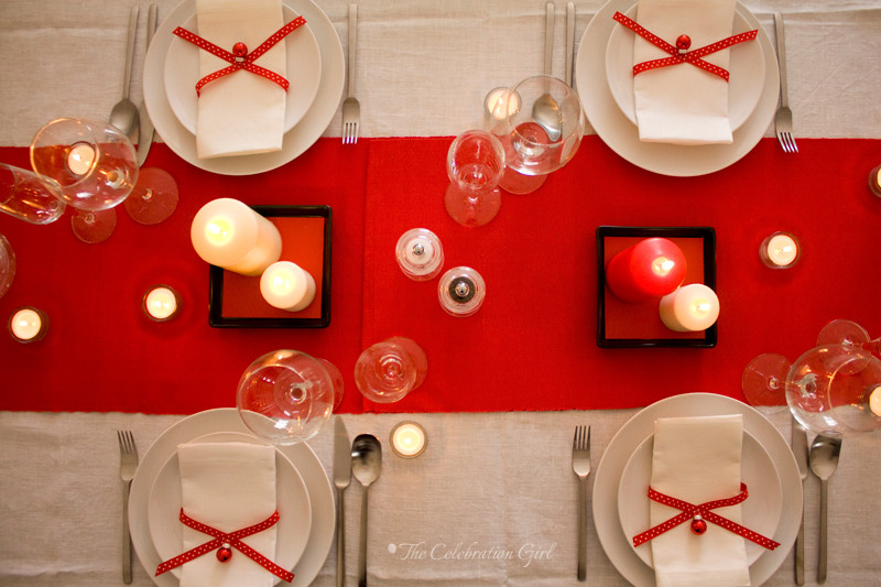 red-table-setting_1wm