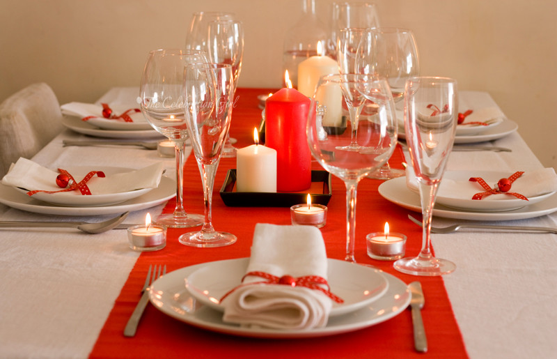 red-table-setting_2wm