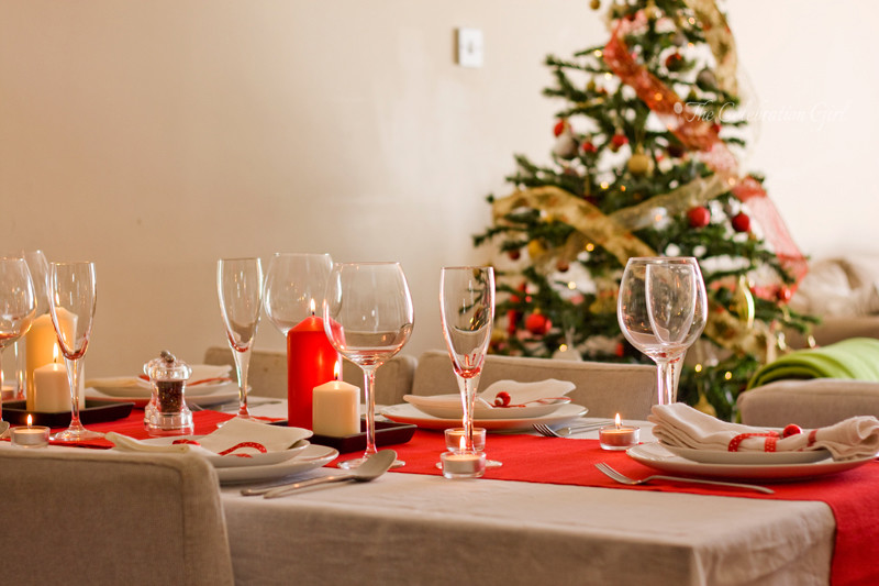 red-table-setting_3wm