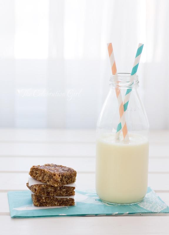 almond-milk_3wm
